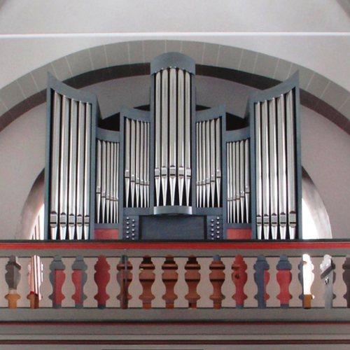 Maler Bielefeld, Denkmalpflege: Farbfassung der Orgel in der Ev. Dorfkirche in Bausenhagen durch Stenner und Keitel