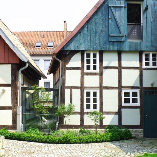 Maler Bielefeld, Denkmalpflege: Fachwerksanierung in Schöttmar durch Stenner und Keitel