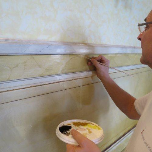Maler Bielefeld, Denkmalpflege: Marmormalerei im Schloss Hüffe durch Stenner und Keitel