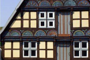 Maler Bielefeld, hier finden Sie Infos zur professionellen Denkmalpflege, einem Fachgebiet von Stenner und Keitel